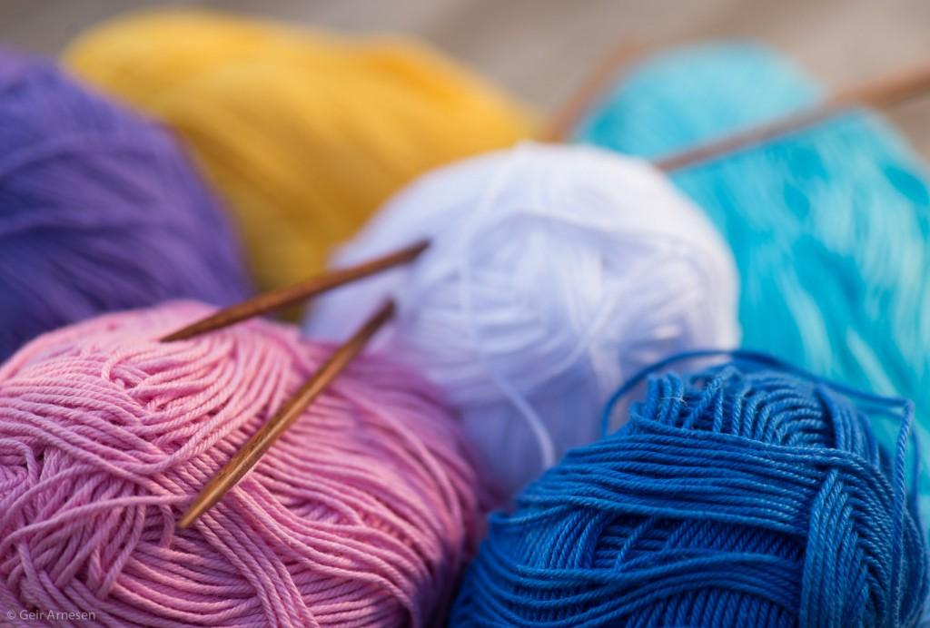 Sommerens strikkede kluter, Fiol fra Solberg Spinderi fargeforslag