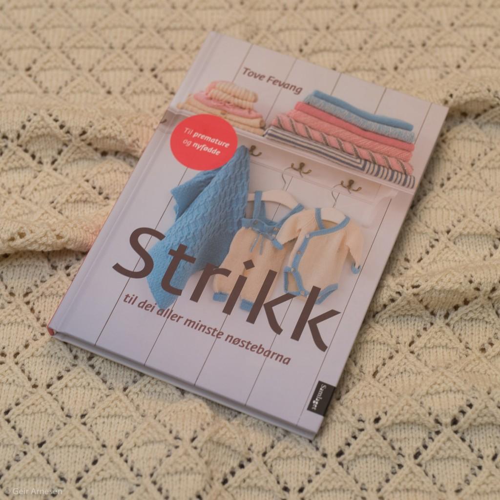 Ny bok – Strikk til dei aller minste nøstebarna