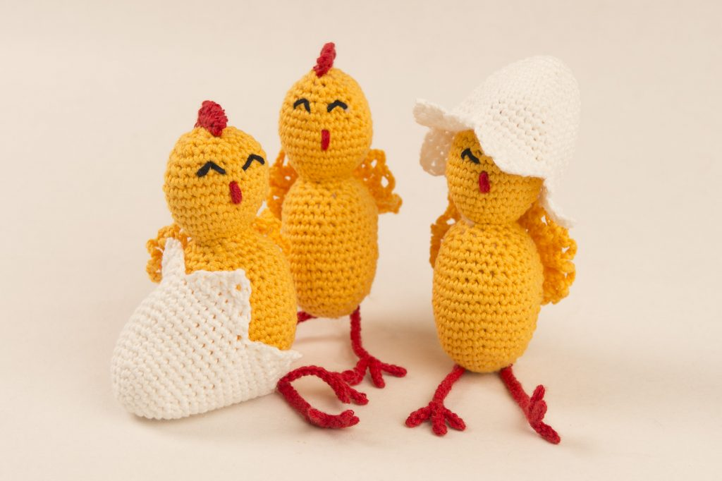 Hekle kyllinger til påske  «gratis mønster»